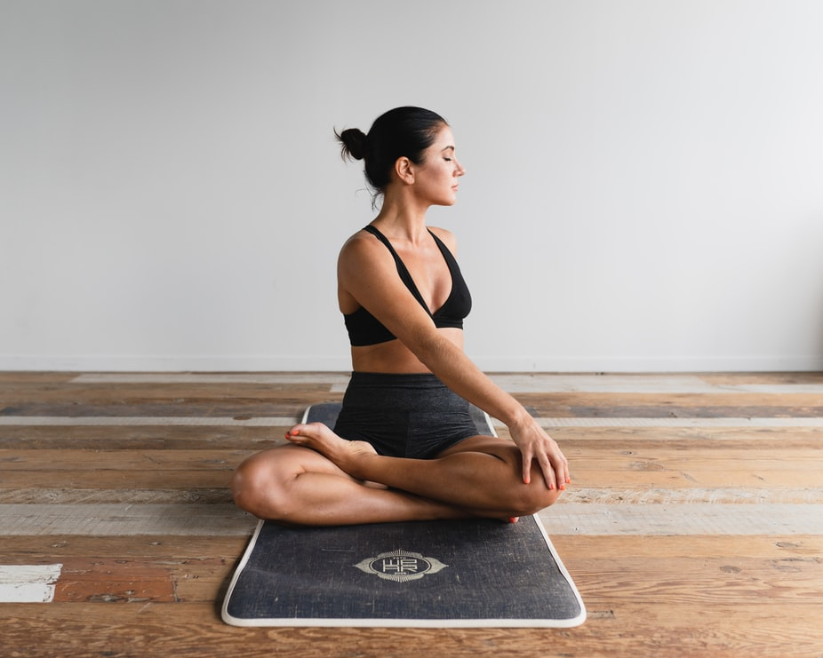 esercizi-per-dimagrire-yoga