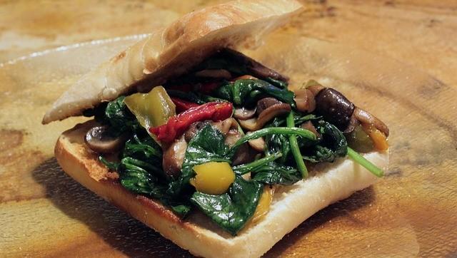 Toast ricette vegetariane, gusto e salute